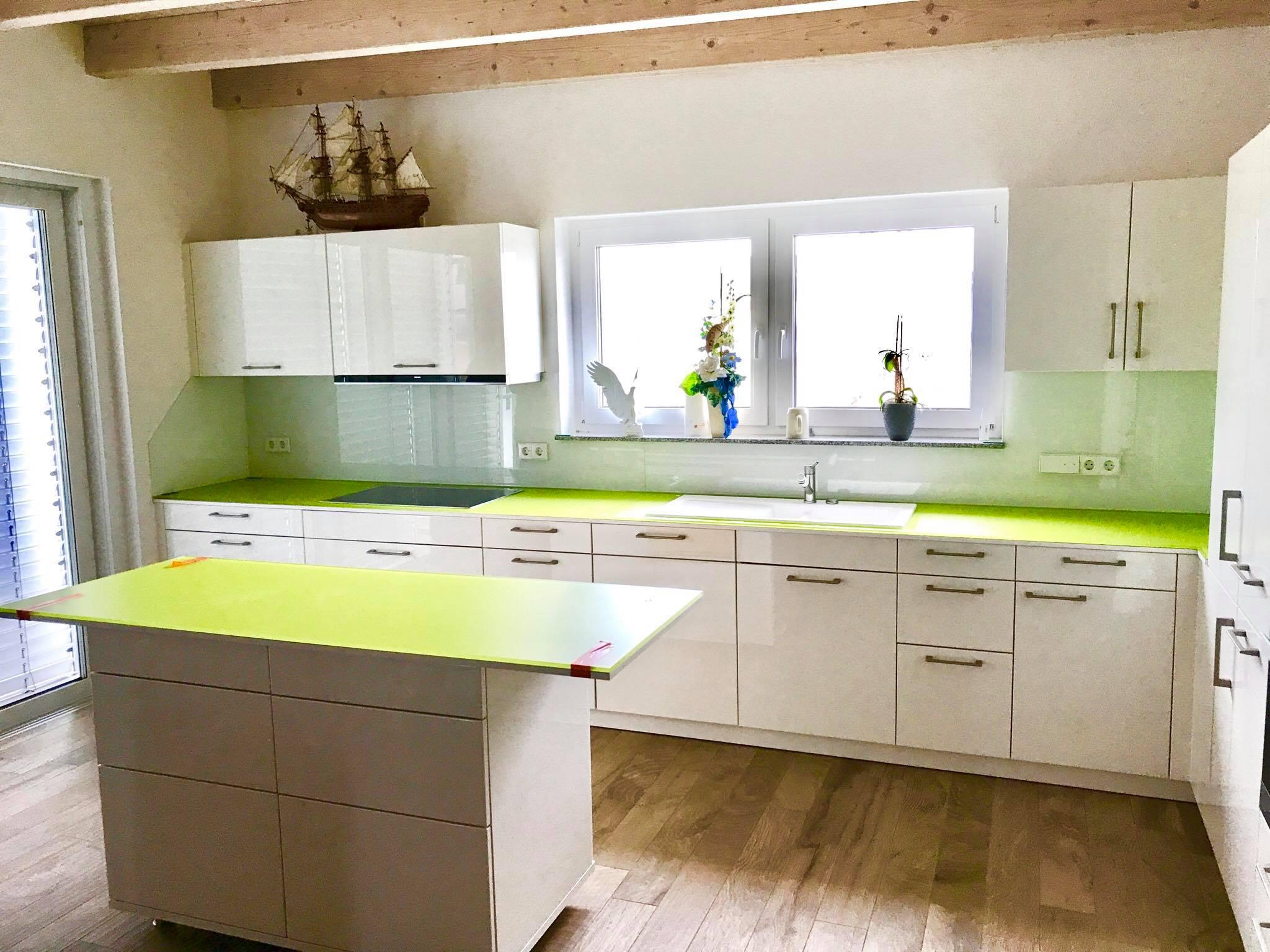 Glas-Küchenrückwand - MS-Glasdesign